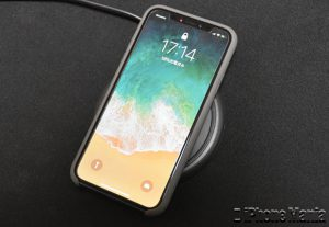 iPhoneX_Wireless_Review_mophie_asm-13